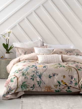 Kaili Blush Quilt Cover Set