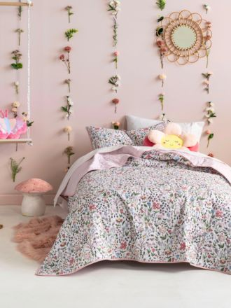 Happy Meadow Coverlet Set