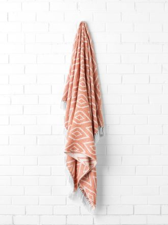 Diamond Coral Throw
