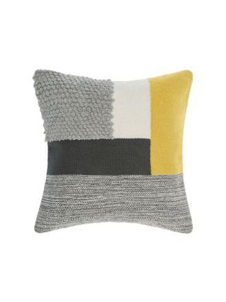 Hardy Pineapple Cushion 50x50cm