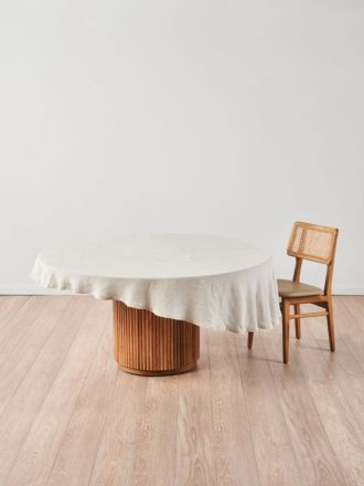 Nimes Natural Linen Round Tablecloth