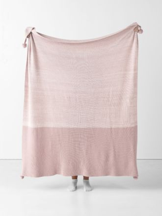 Shimo Blush Throw