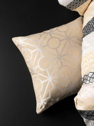 Valmont Cushion 50x50cm